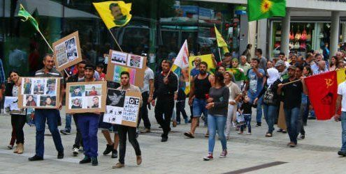 Bregenz: Demonstration gegen Gewalt zwischen Türkei und PKK