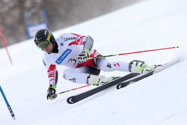 Johannes Strolz feiert ersten Saisonsieg