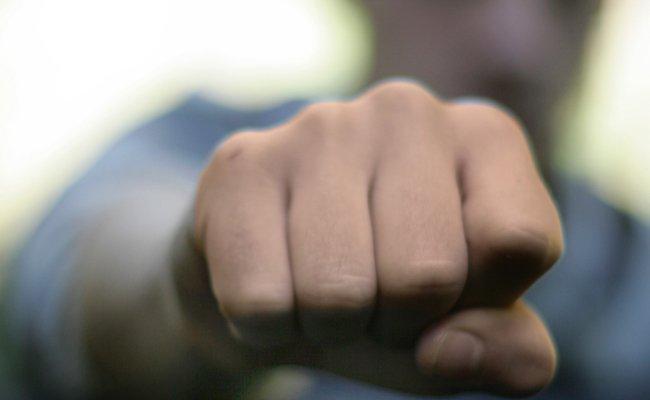 Unbekannte brechen 27-Jährigem in Bregenz das Nasenbein