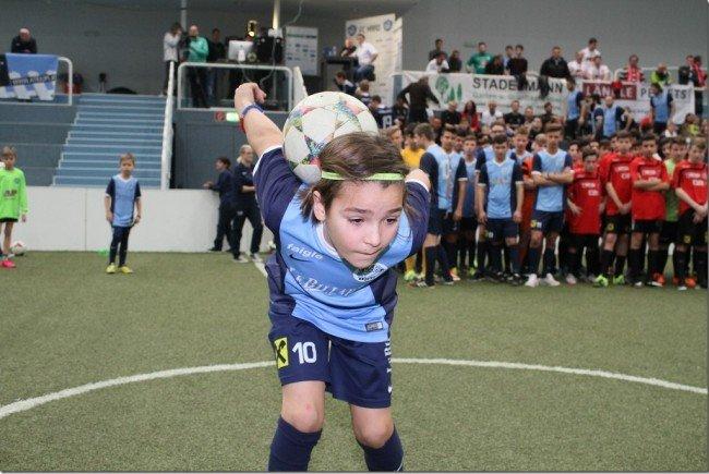 Damian Maksimovic sorgte für viel Action und Begeisterung von 1500 Fans