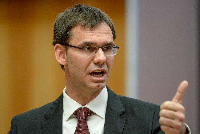 Landeshauptmann Wallner fordert, dass die geplanten Abschiebungen auch umgesetzt werden.