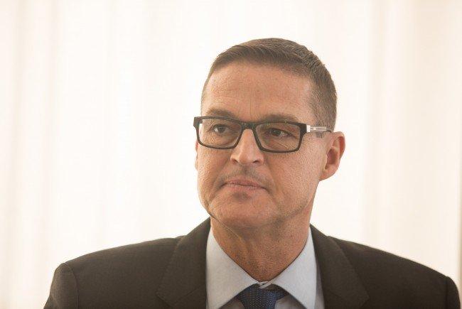 Landesrat Bernhard: Verfügbarkeit für öffentlich-rechtliche Dienstleistungen und bei polizeilichen Amtshandlungen ist sichergestellt