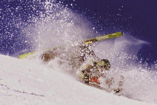 Frau bei Skikollision in Warth schwer verletzt – Zeugen gesucht
