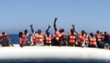 Flüchtlingsboot vor Küste Libyens gekentert