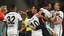 Frankfurt bleibt nach 1:0-Sieg erstklassig
