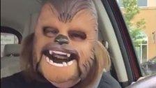 """Facebook-Weltrekord für """"Chewbacca Mask Lady"""""""