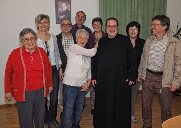 Großzügige Spende für die Außensanierung der Pfarrkirche Schnifis