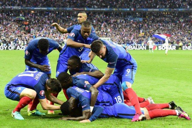 Frankreich nach 5:2-Machtdemonstration gegen Island im ...