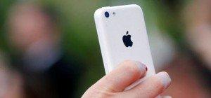 "Hofer-Fans empört über ""iPhones für Asylanten"": Caritas & Hartlauer reagieren"