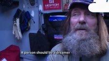 Rekord: Russe umrundet Welt im Heißluftballon