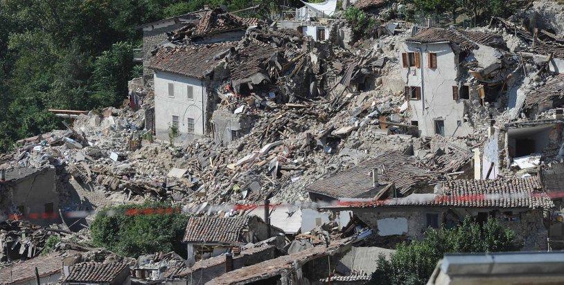 Nachbeben erschüttern Mittelitalien – Drohnenvideo zeigt Katastrophen-Ausmaß