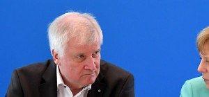 """CDU sieht """"Bewegung"""" bei Obergrenze in Deutschland"""