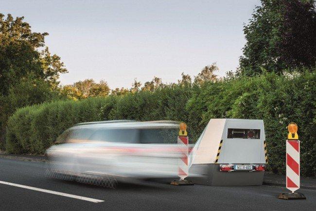Die Blitzer-Anhänger können ab sofort auf oberbayrischen Straßen lauern.