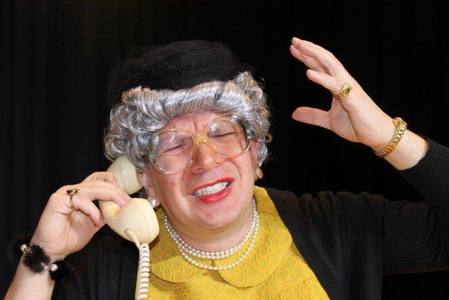 Oma Lilli macht Kabarett