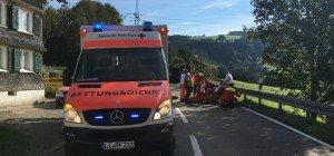 Motorradlenker nach Kollision mit Pkw verletzt