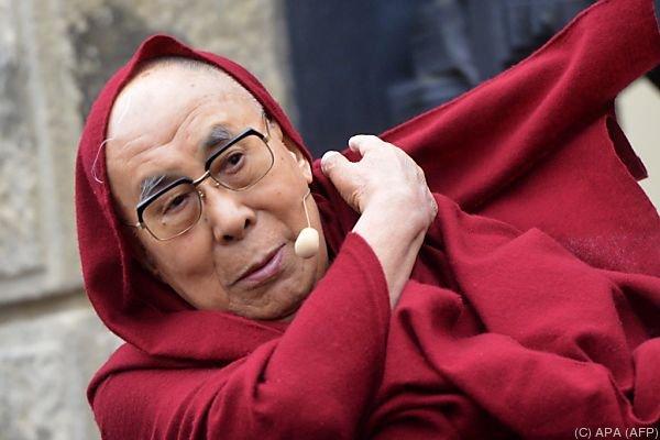 Der Dalai Lama zu Besuch in Prag