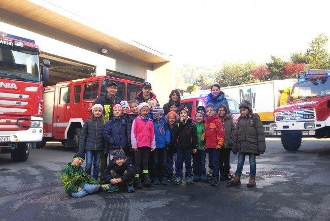 Die jungen Besucher waren bei der Schrunser Feuerwehr herzlich willkommen.