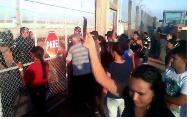 Aus einer Haftanstalt bei São Paulo gab es eine Massenflucht von etwa 300 Gefangenen.