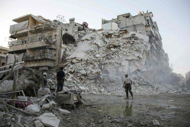 Russland und Syrien haben eine achtstündige Feuerpause in Aleppo angekündigt.