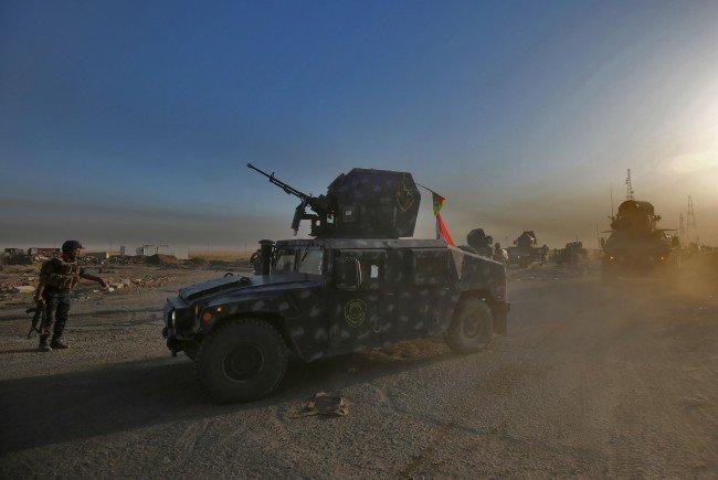 Irakische Truppen rücken nach Mosul vor.