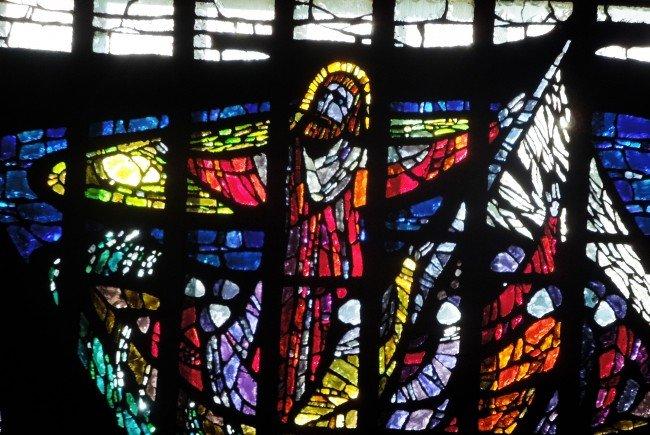 Die Fenster in der Pfarrkirche St. Christoph sind einzigartig und standen im Zentrum der vergangenen Fritag am Füfe-Reihe.