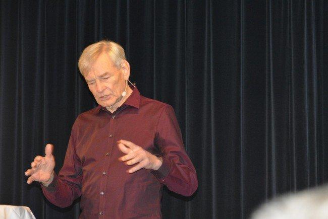 Heinz Rüf sorgte mit einem anspruchsvollen Vortragsabend für ein begeistertes Publikum im Kulturhaus.