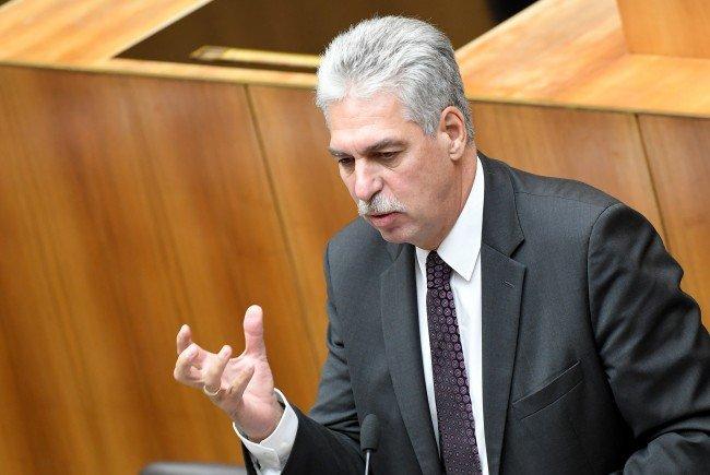 Finanzminister Schelling möchte ein Bonus-Modell im Pensionsrecht.