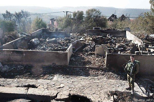 Zahlreiche Häuser brannten nieder