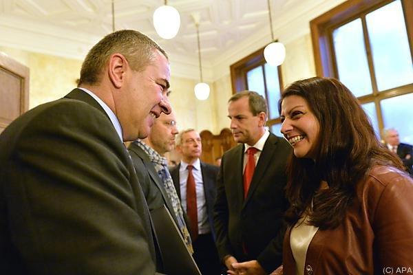 Staatssekretärin Muna Duzdar geht optimistisch in die Gespräche