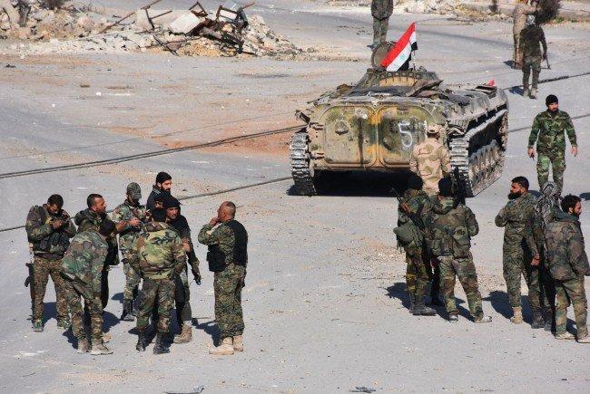 Russland: Mehr als die Hälfte Ost-Aleppos befreit - UNO: 16.000 auf der Flucht.