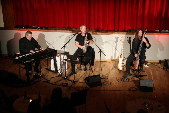 Ein besonders talentiertes musikalisches Trio gastierte am Samstag im Vereinshaus Göfis.