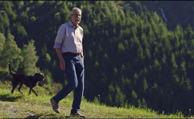 Alexander Van der Bellen zeigt sich in seinem Wahlkampfvideo heimatverbunden.