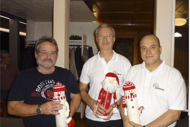 Die drei Erstplatzierten bei der Vereinsmeisterschaft (v.l.n.r.) Lothar Halbeisen, Karl Heinz Mader, Klaus Dornbach