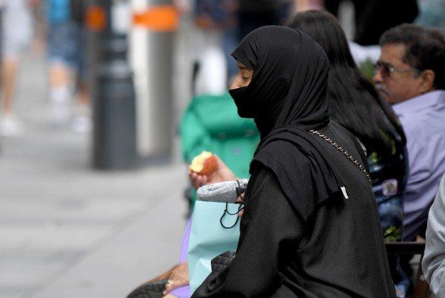 Das niederländische Parlament will am Dienstag über ein Verbot der Vollverschleierung in der Öffentlichkeit abstimmen.