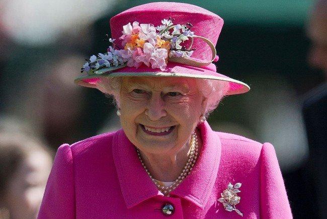 Die Queen freut sich schon.