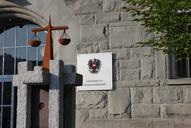 Am Landesgericht Feldkirch wurden zwei Jugendliche wegen sexuellem Missbrauch einer Minderjährigen zu bedingten Haftstrafen verurteilt worden.