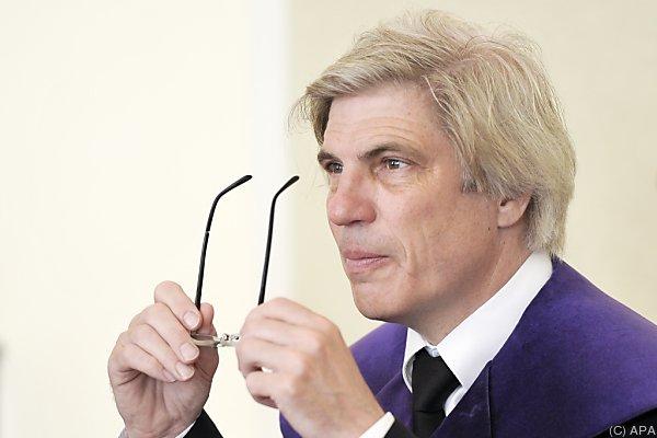 Schnizer wird wegen Interview-Aussagen geklagt