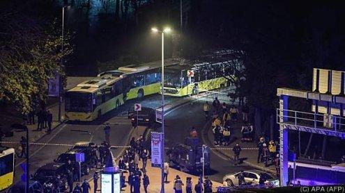 38 Tote und 155 Verletzte bei Anschlag vor Stadion in Istanbul
