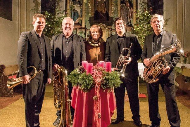 Die Bürserberger Volksmusikanten laden zu zwei Adventkonzerten.