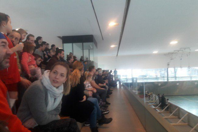 Die Tribüne  der ÖKO-Mittelschule war während des ganzen Turnieres gut besucht!