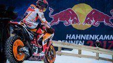 Rasante Abfahrt! MotoGP-Weltmeister bretterte über den Schnee