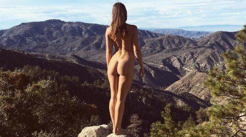 Instagram: Fotografin reist nackt um die Welt - Und macht Bilder