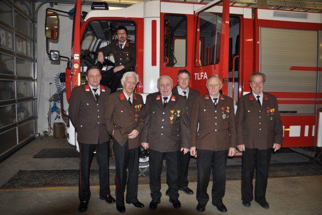 Die Jubilare der Feuerwehr Bürserberg