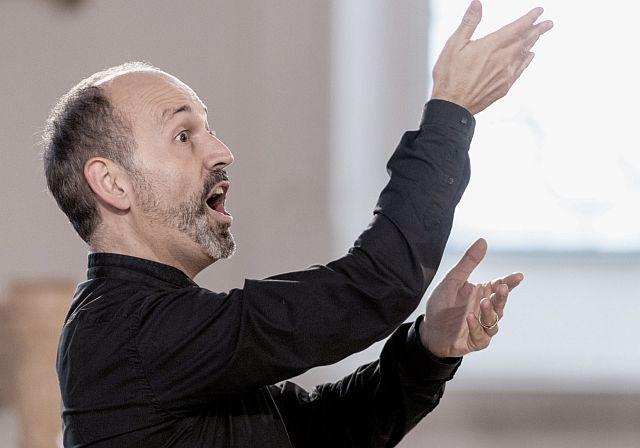"""Mit Joseph Haydns Komposition """"Die Jahreszeiten"""" nimmt Dirigent Benjamin Lack das Publikum beim vierten Abo-Konzert mit auf den musikalischen Jahreslauf."""