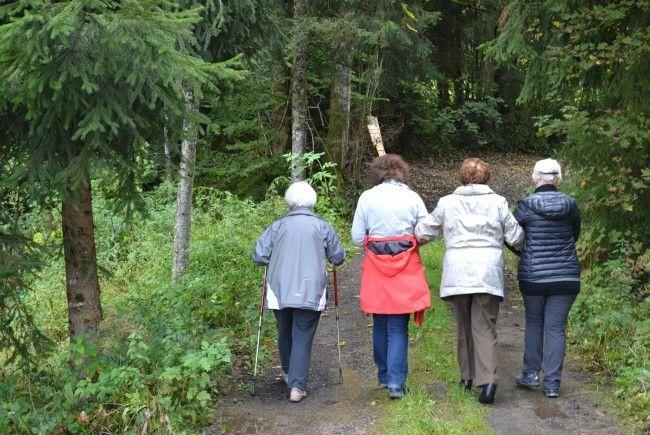 """Unter dem Motto """"Leben ist jetzt!"""" bietet die Caritas Seniorenarbeit auch heuer wieder Seniorenerholungswochen an und zwar in St. Gallenkirch, Krumbach und Eriskirch am Bodensee."""