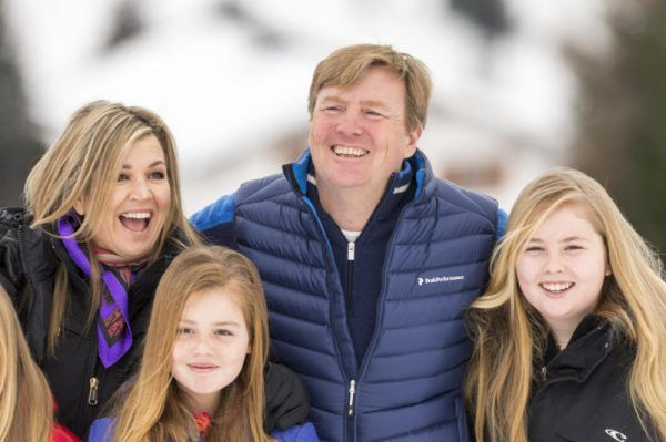Holländische Royals begannen Urlaub in Lech bei leichtem Schneefall