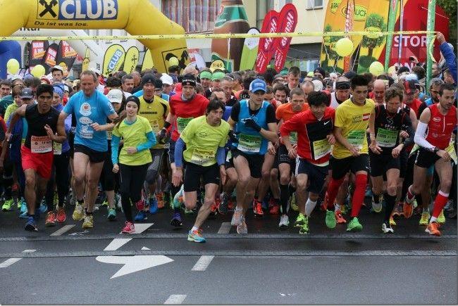3000 (!) Sportler sprinten quer durch die Innenstadt von Bludenz