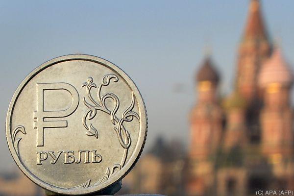 Beginnt der Rubel wieder zu rollen?