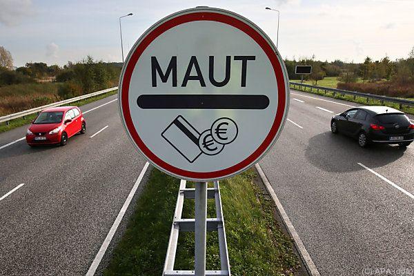 PKW-MautGesetz passiert den Bundesrat in Berlin