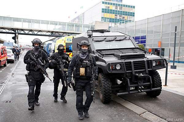 Ermittler vermuten ein terroristisches Motiv